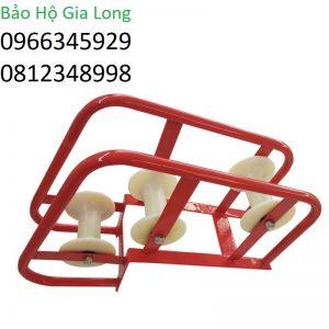 con lăn kéo cáp vuông góc 3 bánh nhựa